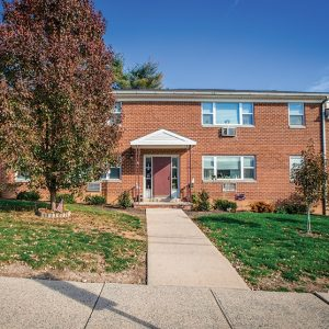 Hamilton Linden Gardens Apartments For Rent in Allentown, PA Building View